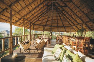 Lounge und Restaurant im Ormatai Rock, ©Ormatai Rock