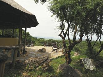 Die Lounge der Sangaiwe Tented Lodge