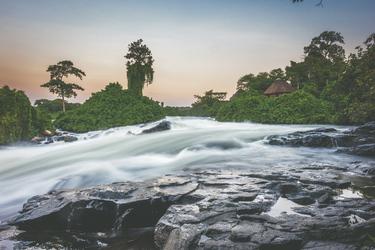 Der Nil im letzten Tageslicht bei der Wildwaters Lodge, ©Lemala