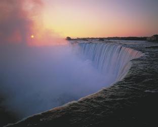 Niagarafälle - ©OTMPC 00004097