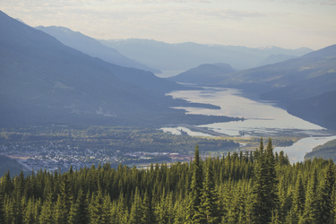 Blick auf Revelstoke - c Destination BC/Ryan Creary Photography