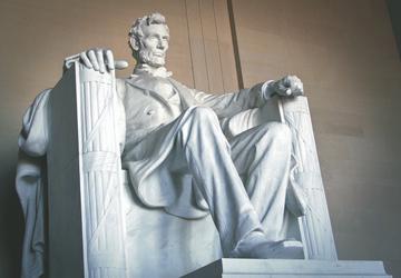 Lincoln Memorial, ©Shutterstock - AAT Kings