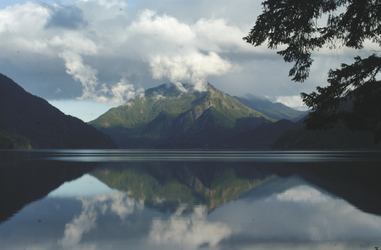 Lake Crescent - ©VisitSeattle, ©Visit Seattle