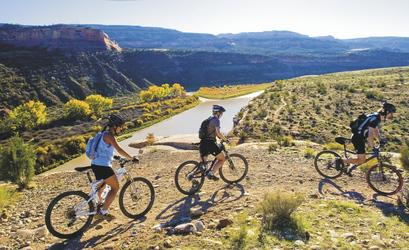 Radtour am Colorado National Monument Naturschutzgebiet © Weaver Mulitmedia Group/Matt Inden, © Weaver Mulitmedia Group/Matt Inden