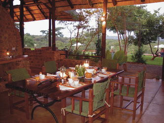 Terrasse, ©Stanley Safari Lodge