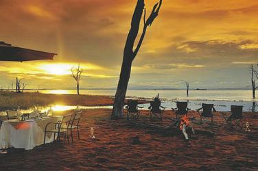Lake Kariba, Bumi Hills Safari Lodge