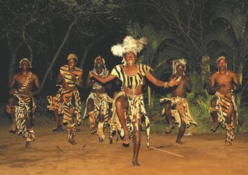 kulturelle Tänze Gorges Lodge, ©Imvelo Safari Lodges